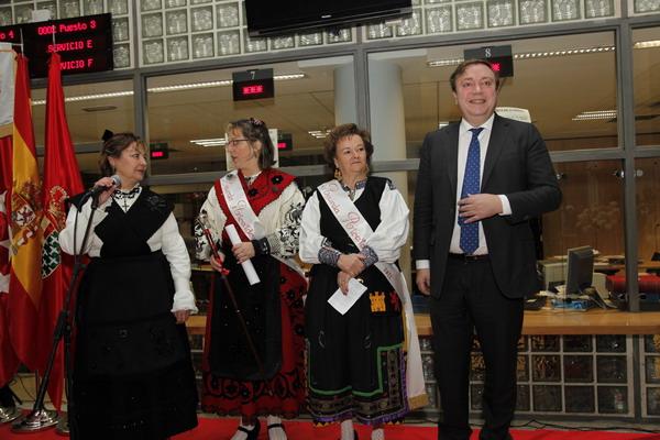 Entrega del bastón de mando a la Águeda alcaldesa