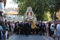 La imagen de Nuestra Señora de los Ángeles, en procesión por las calles de Getafe
