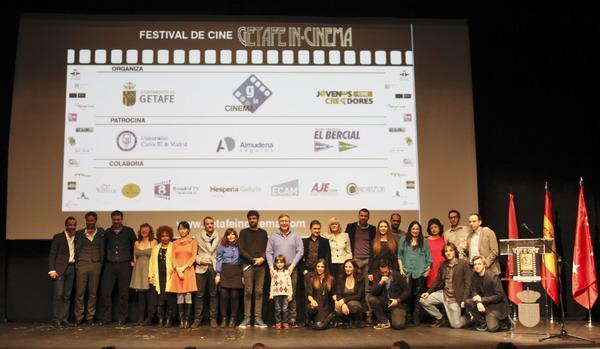 Juan Soler y Manuel Ortiz junto a los premiados.
