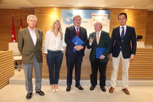 Juan Soler y Peridis, junto al concejal de Empleo, Antonio José Mesa, la gerente de ALEF, Mercedes Nyikos, y el técnico de ALEF Emilio Carpintero.
