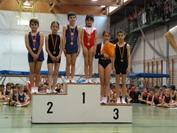 Iván y Sofía, medallistas de oro, e Ilan con la plata en el podium