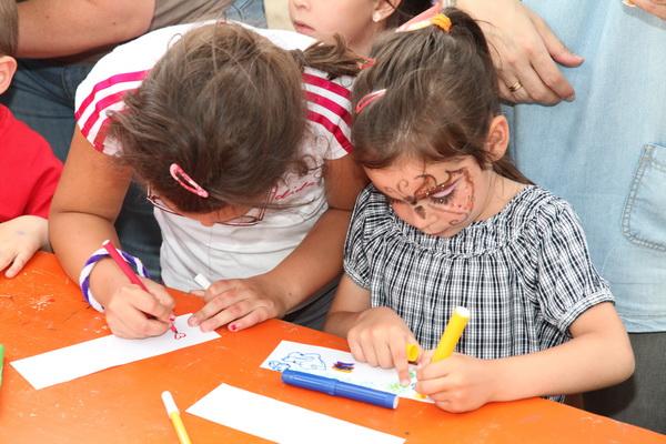 niños niñas actividades colegio